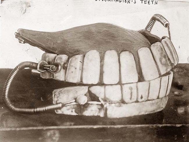 Washingtons-George-Teeth